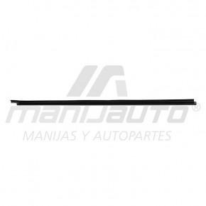 Moldura Botagua D21 NISSAN 75029
