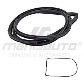 Moldura Botagua D21 NISSAN 75068